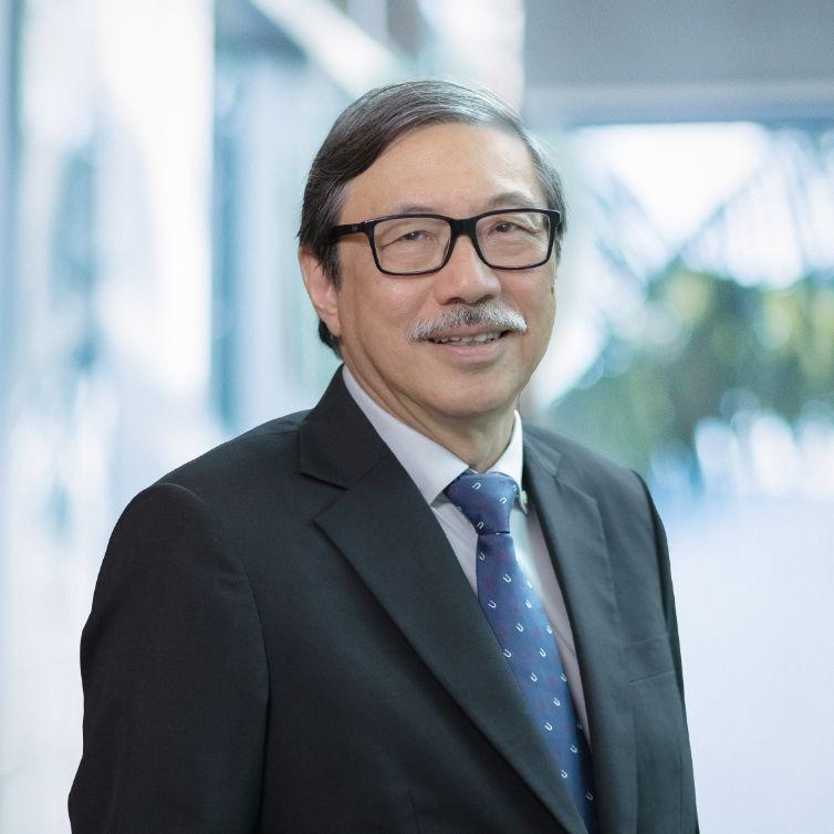 Professor Chew Kwee Hoe Leslie